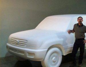 : CNC Foam Milling, Structured Light 3D Scanning and Digital Enlargement of Toyota Land Cruiser