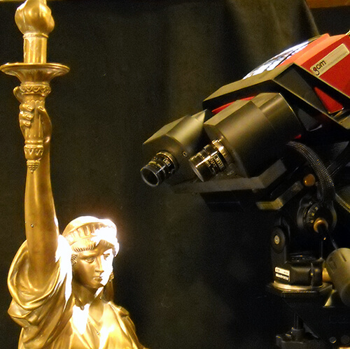3D scanning a small, finely detailed model of The Statue of Liberty with an ATOS structured light 3D scanner